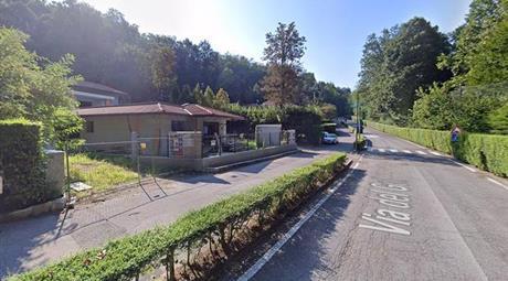 Villa Bifamiliare in Vendita a via del Golf