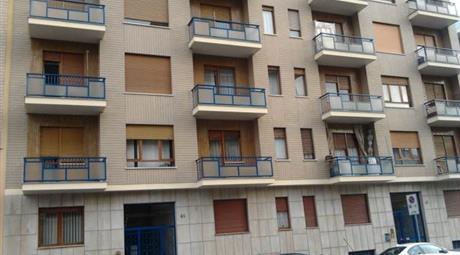 Occasione tra zona Santa Rita -Lingotto stabile signorile 65 mq