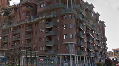 Box Auto via Defendete Ferrari 9, Torino