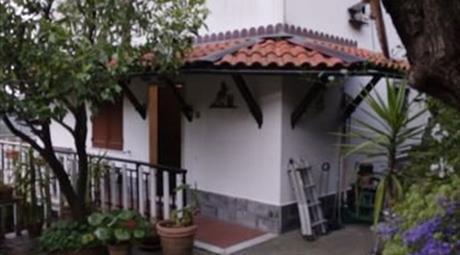 Casa Indipendente in Vendita in Via Posato 3 a Avegno