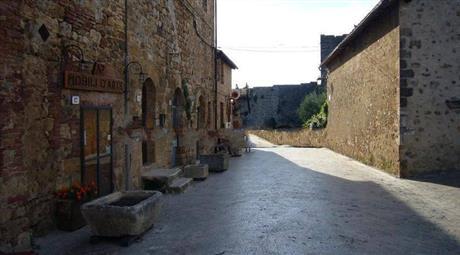 Quadrilocale via 1 Maggio 19, Monteriggioni