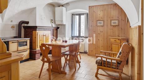 Appartamento con romantico camino | Per amanti dei funghi e dello sci
