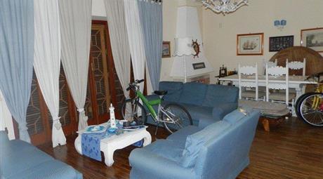 Villa in Vendita in Corso San Francesco 155 a Anzio