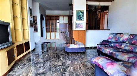 Quadrilocale via Aurelia 40, Loano in vendita