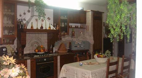 Appartamento su due piani in vendita in via Crocetta, 14