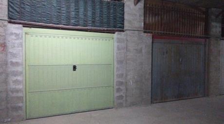 Garage in vendita in Villaggio Palumbo, 41 AR