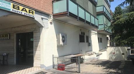 Garage, Posto Auto in Vendita in Via Lama di Quartirolo 47 a Carpi