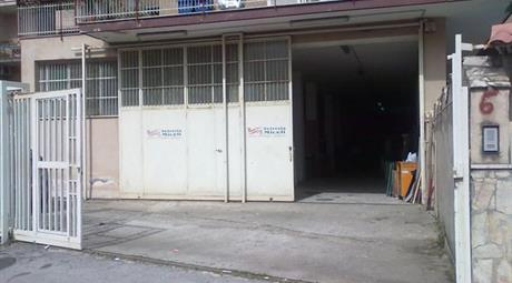 Locale in vendita Via Giuseppe Verdi,CASORIA (NA) 270.000 €