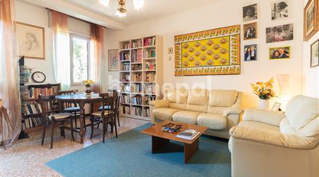 Appartamento luminoso con veranda