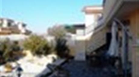 Setteville Nord, villa in quadrifamigliare 3 livelli completamente FUORI TERRA