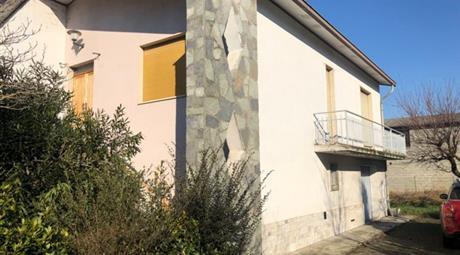 Villa in vendita in via Fratelli Cervi, 6 Castelvetro Piacentino