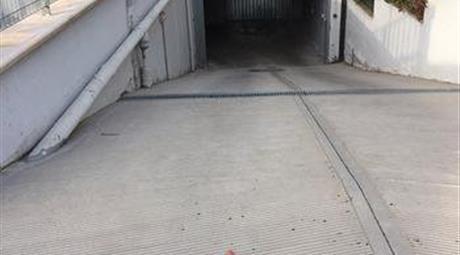 Locale uso Deposito/Garage in vendita a Ferrandina