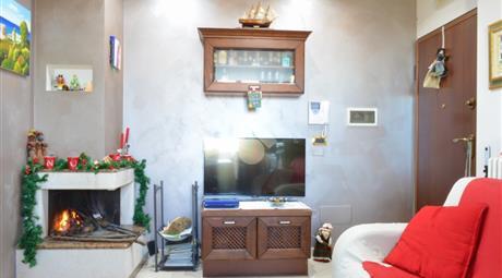 Appartamento via Antonio De Curtis, Gioia del Colle