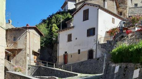 Case In Vendita A Rocca Pia