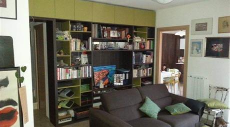Appartamento 4 vani bilivello+terrazzi+garage