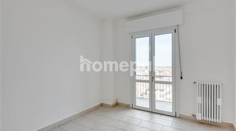 Appartamento piano alto con vista panoramica sulla città