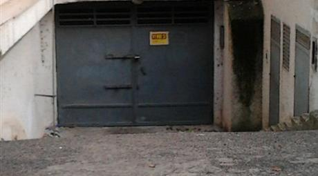Garage in vendita in via Aldo Moro , Francavilla Fontana