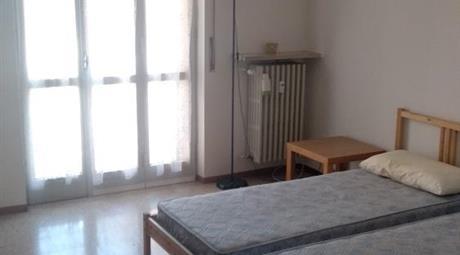 Con tre ampie stanze contratto studenti