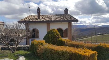 Villa in Vendita in Strada Provinciale 132 1 a Montenerodomo