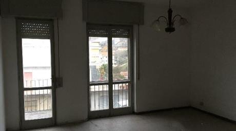 Appartamento a Maida via nazionale