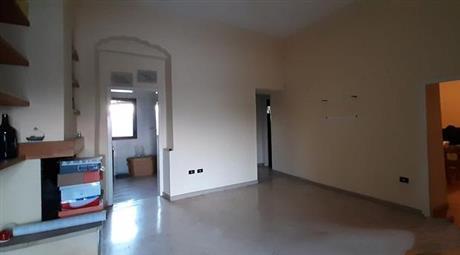 Casa indipendente in vendita in via Tunisi