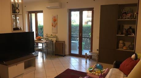 Appartamento rifinito con giardino pertinenziale