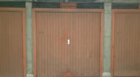 Garage, Posto Auto in Vendita in via Piave 10 a Pinerolo