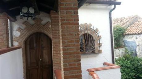 Casa in Palazzo semindipendete Caserta Vecchia
