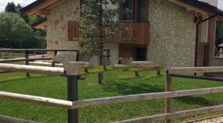 Villa bifamiliare Strada Provinciale del Nevegal, Ponte nelle Alpi