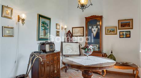 Appartamento su due piani   Parco dei Monti Livornesi