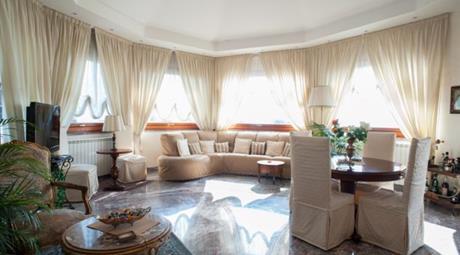 Prestiogiosa Villa Panoramica sul golfo di Pozzuoli