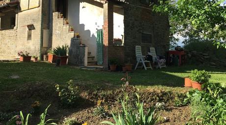 Rustico, Casale in Vendita in Cetica a Castel San Niccolò