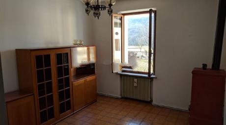 Casa indipendente in vendita in via Nemeggio, 18