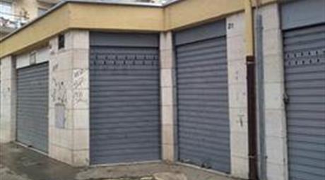 Box auto in vendita in zona Poggiofranco Bari
