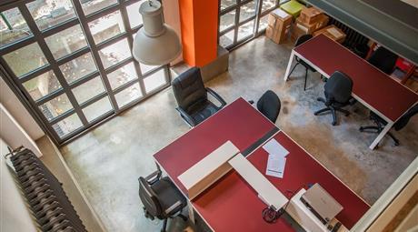Postazioni in Affitto Ufficio in condivisione in Via Mecenate al civico 76, bellissimo Loft da utilizzare come Show Room o Ufficio di rappresentanza