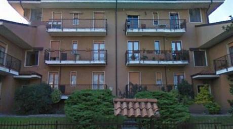 2 appartamenti contigui 300000 euro
