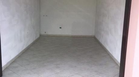 Garage in vendita in via Carlo Urbani, Villamarzana