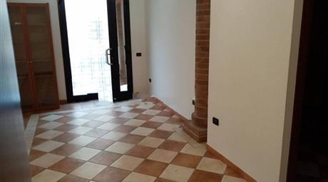 Bilocale via San Rocco 87, Badia Polesine € 85.000