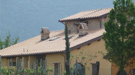 Umbria - Todi stile casale