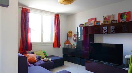 Luminoso e grazioso appartamento con garage