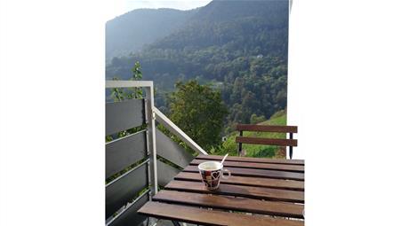Bilocale con taverna, giardino e vista  panoramica