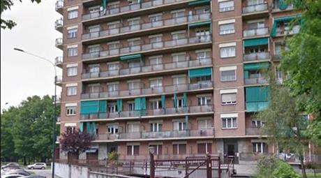 Due appartamenti comunicanti da ristrutturare, stabile di pregio