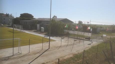 Edificio multiuso in vendita in via Furbara Sasso, 56 Marina di Cerveteri, Cerveteri