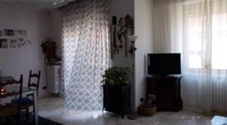 Appartamento luminosissimo, ristrutturato