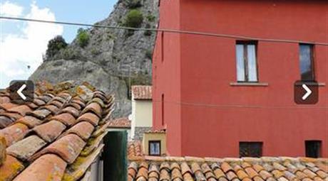 Terratetto Roccalbegna Maremma Toscana