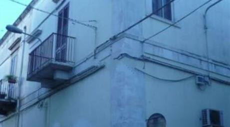 Trilocale in vendita in via Caduti di via Fani, 5
