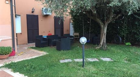 Appartamento via Cantinella, Roma