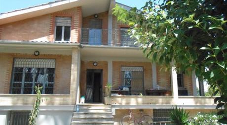 Villa via della Giustiniana 804, Roma