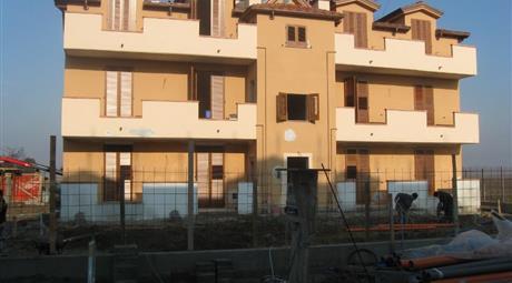 PALAZZINA  di nuova costruzione 3 piani 350000 Euro