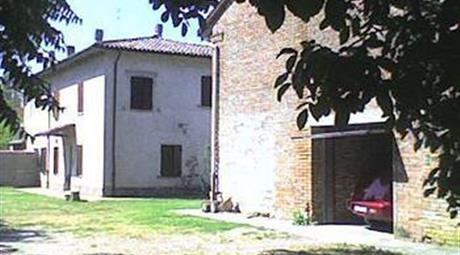 Casa indipendente in vendita in via Provanone